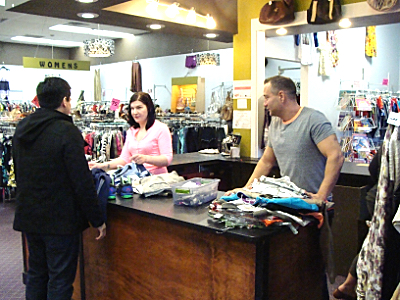 Women clothing stores New star clothing store