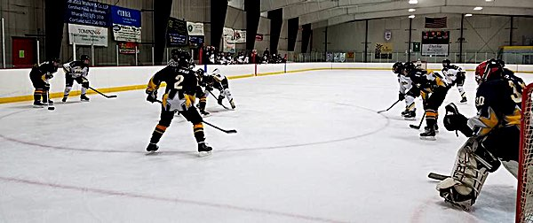 hockey Central Sectionals action pic 1