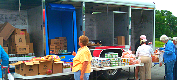 Mobile Food pantry in Lansing